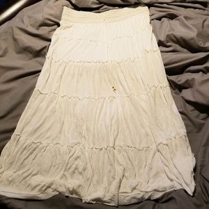 Calvin Klein size large white skirt